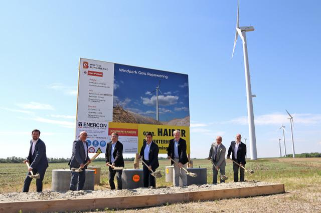 Vertreter von Wien Energie, Energie Burgenland sowie Vertreter aus der regionalen und der Landespolitik beim Spatenstich für die vier leistungsstarken neuen Windkraftanlagen. ; Fotocredit: Energie Burgenland