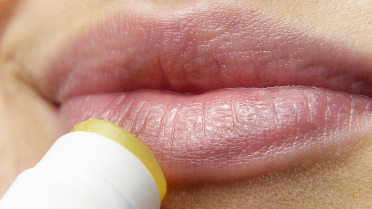 4. Pflege deine Haut, damit sie nicht austrocknet. - Fotocredit: Pixabay/silviarita