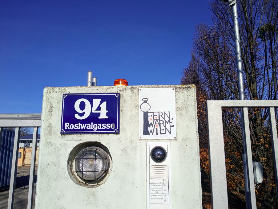 Hier an der Adresse Rosiwalgasse 94 befindet sich das Fernheizwerk Inzersdorf, von dem aus Tausende Wiener Haushalte mit Wärme versorgt werden.