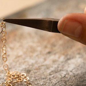 Bei Makaro wird alte Handwerkskunst mit moderner Innovation verbunden. -Makaro Jewelry