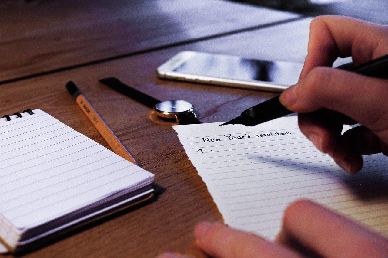 Gute Vorsätze fürs neue Jahr? Die wollen gut überlegt und vor allem realistisch sein – was kannst du an nachhaltigen Vorhaben 2021 möglichst stressfrei aber dafür konsequent umsetzen? Fotocredit: © Fiete Becher/Pixabay