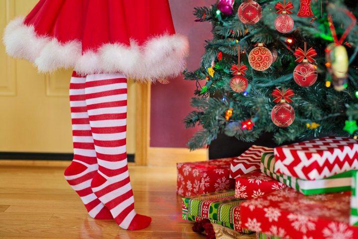 Weihnachten ist heuer ein bisschen anders ja. Aber mit unseren Tipps bleibt es auch 2020 weihnachtlich. Fotocredit: © Jill Wellington/Pixabay