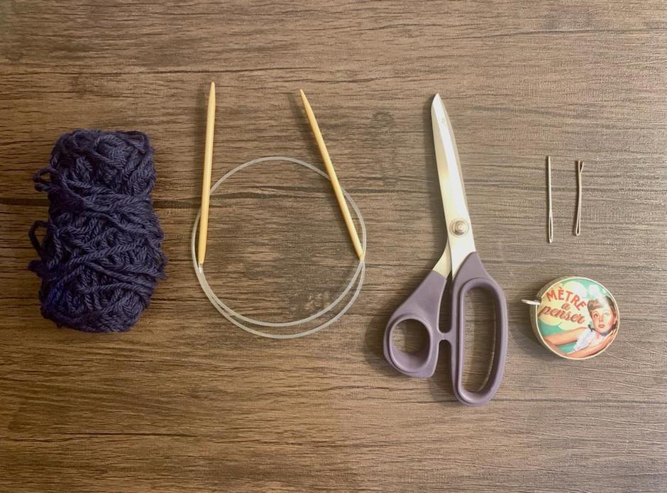Für das Stirnband mit Twist braucht ihr nicht viel! -Fotocredits: Lisa Radda