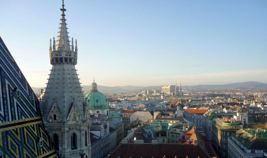 Im Hinblick auf das Konzept der Smart City ist Wien beispielsweise im sozialen Wohnbau wichtiges Vorbild. Fotocredit: © Sonja CZESCHKA/Pixabay