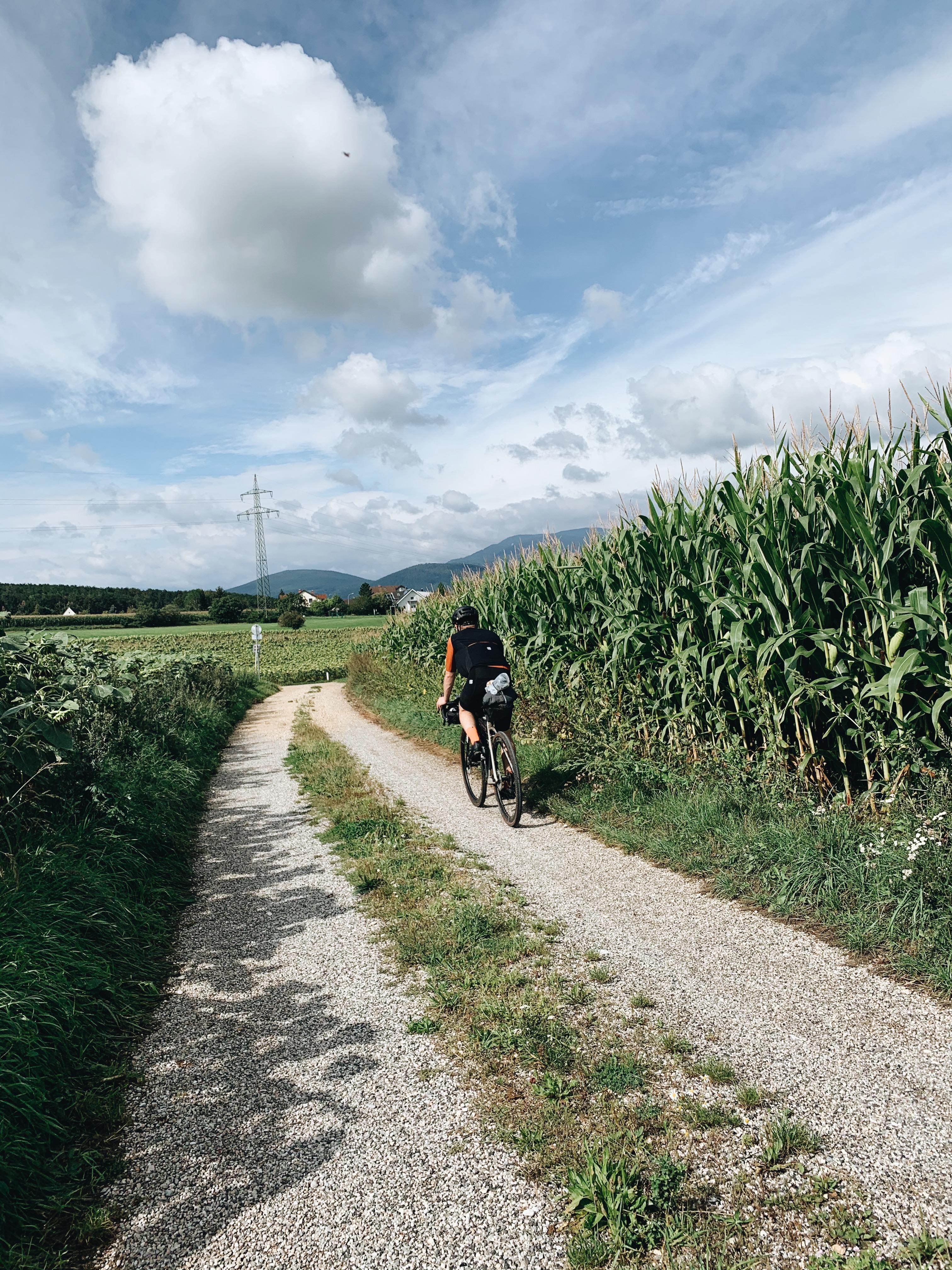 Bikepacking, Rennrad, Gravelbikes, Pro-Bikegear, Radreise