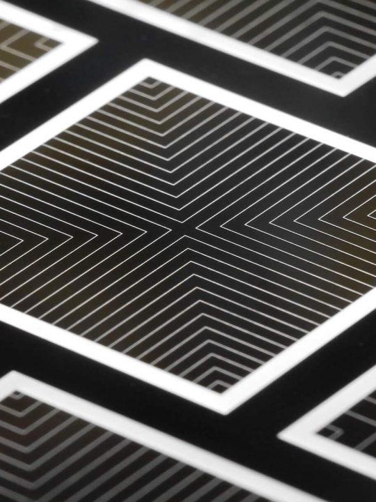 Das ist die sogenannte TOPCoRE Solarzelle, mit der ein neuer Weltrekord im Bereich der Solarzellen-Wirkungsgrade erzielt wurde. © Fraunhofer ISE