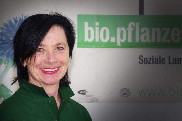 Ursula Königer ist ausgebildete Sozialarbeiterin und Projektentwicklerin sowie Betriebsleiterin von WUK bio.pflanzen. Fotocredit: © WUK