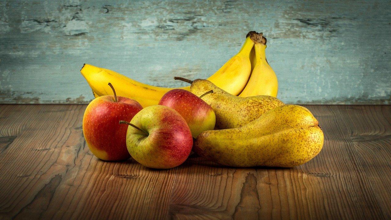 5. Bananen und Äpfel solltest du nicht im Kühlschrank lagern. - Fotocredit: Pixabay/LubosHouska