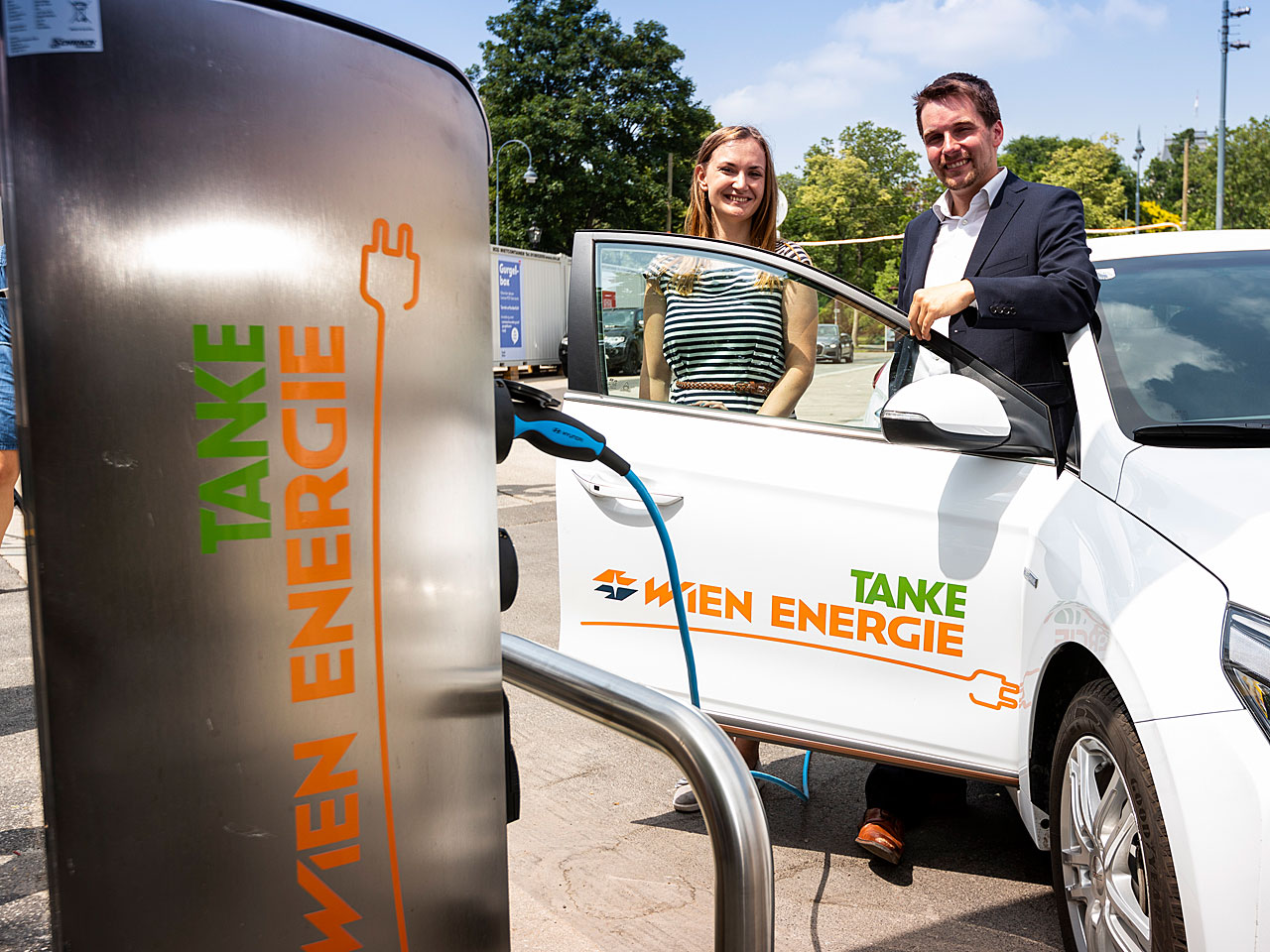 Projektteam: Carmen Wagner (TNM), Paul Gredler-Oxenbauer (TNM) - Fotocredit: Wien Energie/Martin Steiger