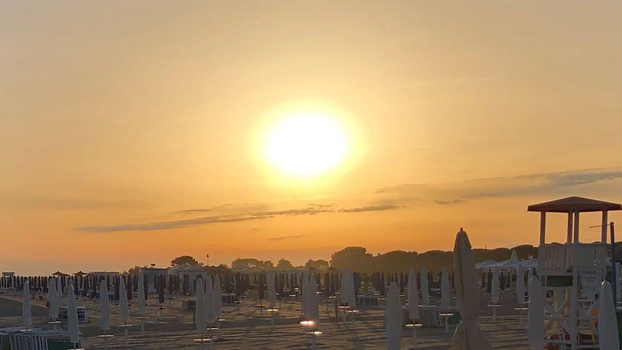 2. Zum richtigen Sonnenschutz gehört mehr als das Eincremen. - Foto: Energieleben Redaktion