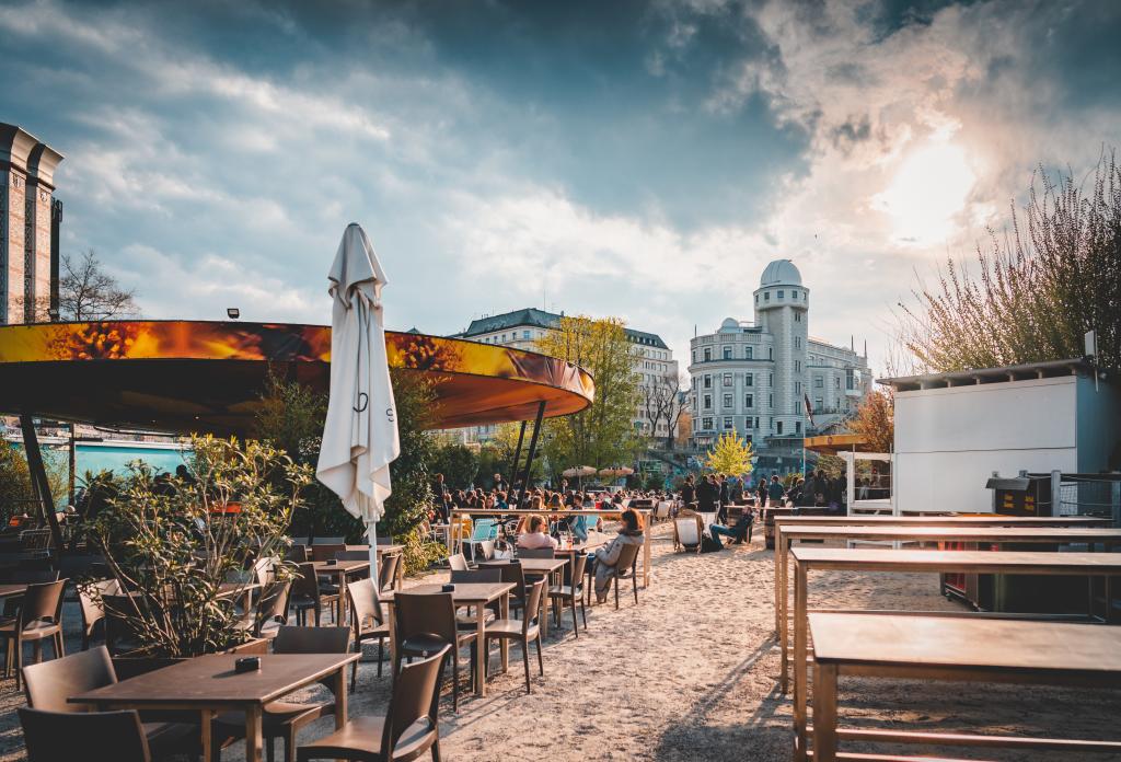 Seit 2012 liegt der Fokus der Strandbar Herrmann zunehmend auf dem Thema Nachhaltigkeit. Fotocredit: © Nitsch Wallner
